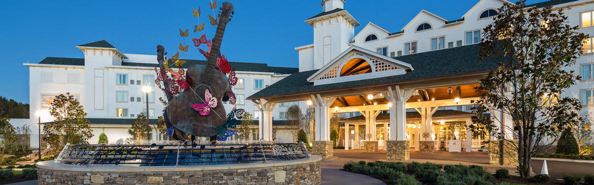 Dollywood DreamMore Resort and Spa Getaway Offer