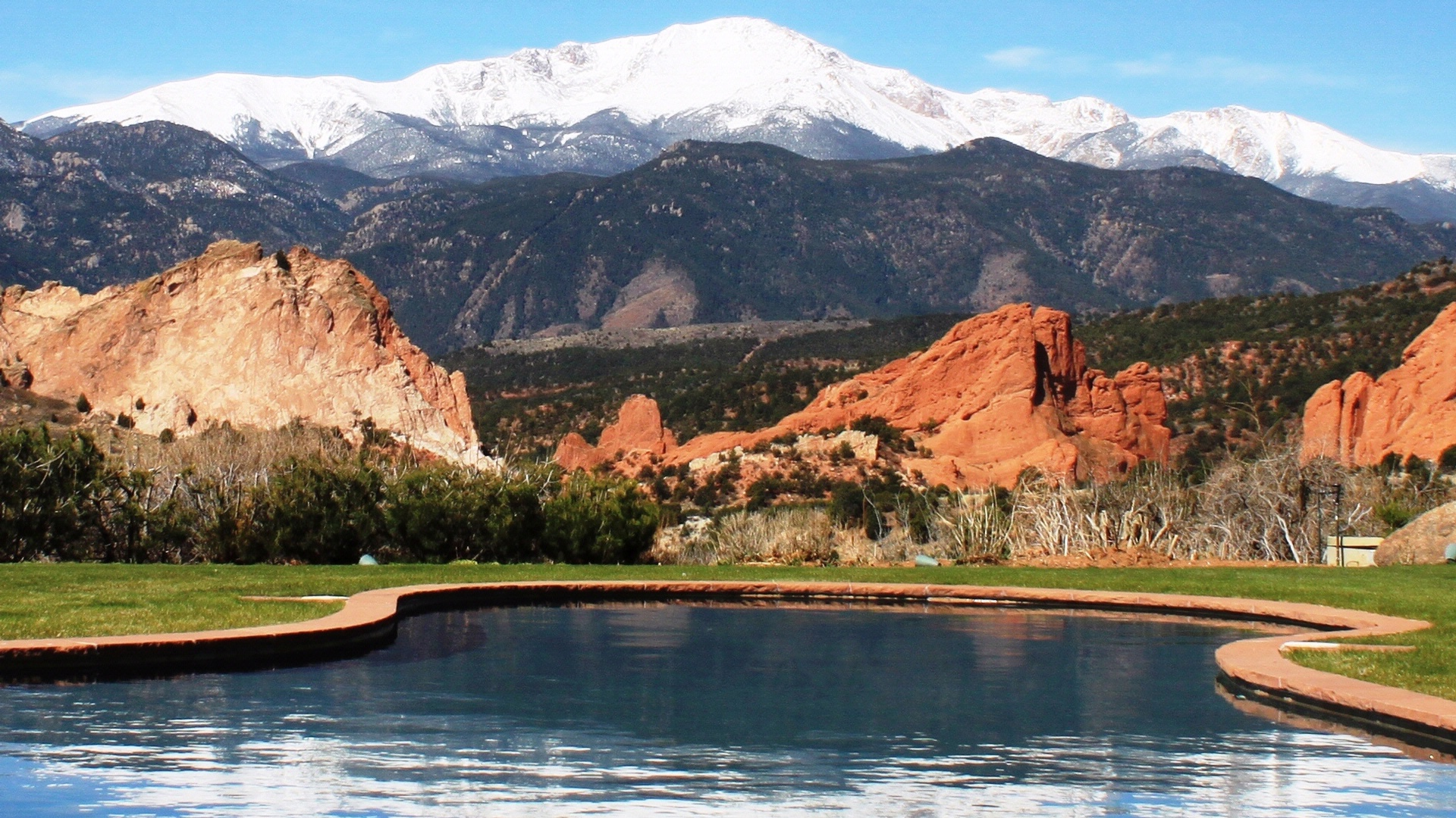 About Garden of the Gods Club and Resort