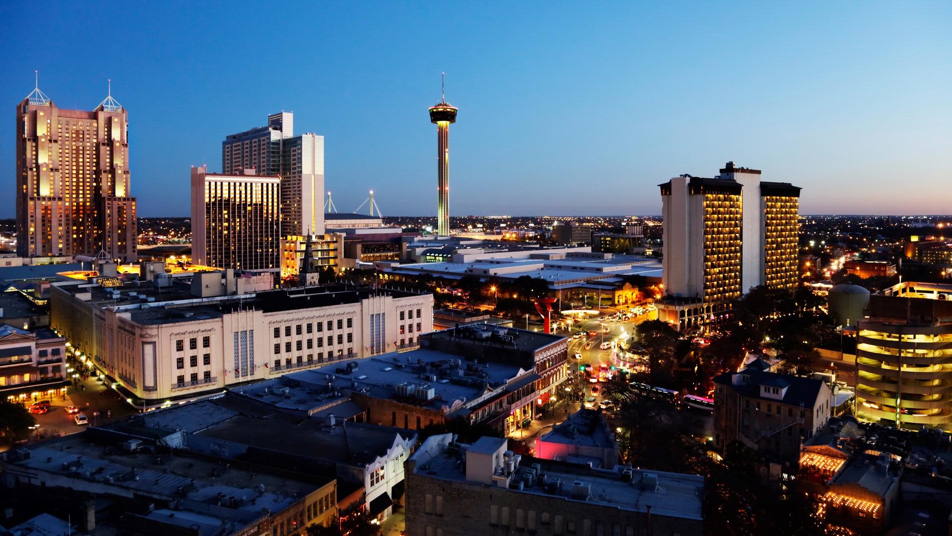 Hotel Contessa Offers Texas Grandeur On San Antonio S Riverwalk